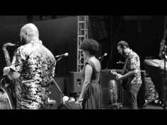 show realizado no dia 15/12/2013 no Festival Batuque, no SESC Santo André 00:00…