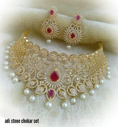 Silver Earrings For Women Indian Bridal Jewelry Sets, Wedding Jewelry Sets, Jewelry Design Earrings, Necklace Designs, Gold Jewelry Simple, Jewelry Model, Siri, Contemporary Jewellery, Choker