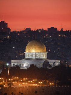 Dome of the Rock Mosque, Dusk, Jerusalem, Israel (by Michele Falzone) Yosemite National Park, National Parks, Throughout The World, Around The Worlds, Dome Of The Rock, Holy Land, Dusk, Taj Mahal, Beautiful Places