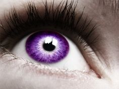 There are many things about us that we don't realize. Our true eye color is often in synchronization with the element that forms our soul and the color of our aura. This is to determine your eye color. Purple Love, All Things Purple, Purple Rain, Shades Of Purple, Pretty Eyes, Cool Eyes, Beautiful Eyes, Beautiful Things, Purple Contacts