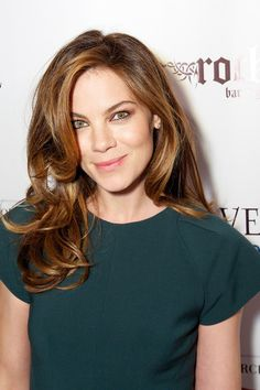 Michelle Monaghan Long Wavy Cut - Michelle Monaghan Looks - StyleBistro  Nos encanta :) We love :)