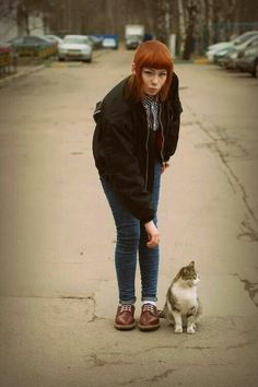 Find images and videos about skinheads, skinhead girl and skinbyrd on We Heart It - the app to get lost in what you love. Chica Skinhead, Skinhead Reggae, Skinhead Girl, Skinhead Fashion, Skinhead Style, Chelsea Cut, Chelsea Girls, Socks Outfit, Ska