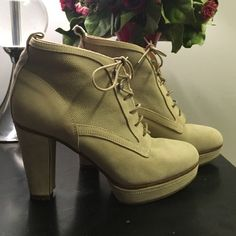 Rag & Bone Ankle Booties Good condition.  Great style to wear all year long! rag & bone Shoes Ankle Boots & Booties