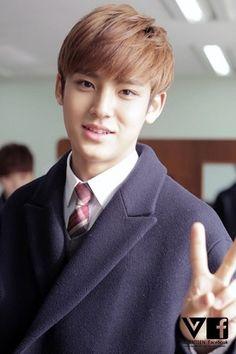 セブチ 祝 高校卒業&ディノ君のお誕生日|EXO&セブチ、KPOPをやんわりと語る韓国大好きゆみんずのブログ
