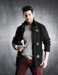 Is Mahesh Babu in a Sugar Factory? Most Handsome Actors, Handsome Celebrities, Actor Picture, Actor Photo, New Holi, Allu Arjun Hairstyle, Mahesh Babu Wallpapers, India Actor, Prabhas Pics