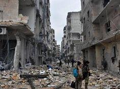 Al telefono e via Internet parlano i sopravvissuti alle bombe e alla vendetta dei governativi. Intesa Russia-Turchia. La denuncia dell'Onu: «Famiglie passate per le armi