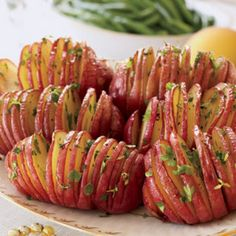 Baked Potato-8large (8 ounces each) red potatoes 2tablespoon(s) extra virgin olive oil ½teaspoon(s) salt ¼teaspoon(s) coarsely ground black pepper 1tablespoon(s) chopped fresh parsley leaves 1teaspoon(s) chopped fresh thyme leaves