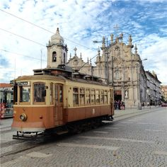 Porto calls -A vintage tram runs in front of the Carmo and Carmelitas churches, which are separated by one of the world's narrowest houses. Narrow House, 17th Century, 18th, Houses, River, Building, Vintage, Porto, Homes