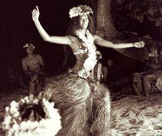 tamure.tamure.tamure - hula - p.s. it's in the feet, not the hips