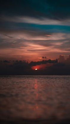 My Favorite Wallpaper: Beach night wallpaper Sunset Wallpaper, Iphone Background Wallpaper, Background Images, Wallpaper Space, Aesthetic Pastel Wallpaper, Aesthetic Backgrounds, Aesthetic Wallpapers, Landscape Photography, Nature Photography