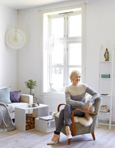 Blogg Charlott Pettersen | mamma Range Buche, Foyer, Accent Chairs, Knits, House, Furniture, Photos, Home Decor, Country Cottage Living