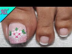 What Christmas manicure to choose for a festive mood - My Nails Cute Pedicures, Manicure And Pedicure, Cute Pedicure Designs, Feather Nails, Summer Toe Nails, Christmas Manicure, Nails Only, Girls Nails, Flower Nail Art
