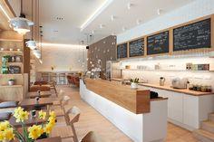 Dalším výrazným prvkem interiéru jsou světla z hrnků, vytvořená na zakázku designérem Matějem Ryantem.