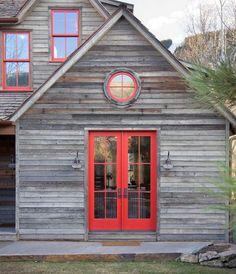 50+ Scandinavian House Exterior Design_44