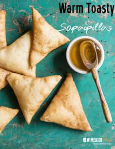 SOPAPILLAS TO DIE FOR IN NEW MEXICO! // This authentic sopapillas recipe is to-die-for! This mildly sweet, warm and toasty New Mexican desert helps cut the spice and is the perfect end to any meal. We love sopping them up with honey and red chile sauce. Mexican Desert, New Mexican, Mexican Dishes, Mexican Food Recipes, Mexican Pastries, Sopapilla Recipe, Recipe For Sopapillas, New Mexico Tourism, Oil For Deep Frying