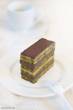 Opéra Matcha Chocolat #getamatcha http://www.amazon.com/Organic-Green-Tea-Powder-ANTIOXIDANTS/dp/B00NYYVWFQ/