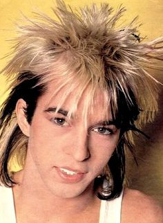 Limahl / Kajagoogoo. Love his voice. Loved this look back in the 80s.