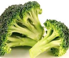 "BROCCOLI: The ""King"" of health vegetables. Loaded with vitamins such as folic acid, and K also full of minerals like potassium and calcium. Broccoli also has unique cancer-fighting properties, activated by phytochemicals and sulforaphane. Broccoli Cheese Soup, Fresh Broccoli, Broccoli Pesto, Broccoli Casserole, Brocolli, Bean Casserole, Low Calorie Recipes, Healthy Recipes, Healthy Foods"