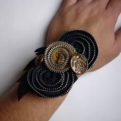zipper corsage from Megan Leone  I can do one of this