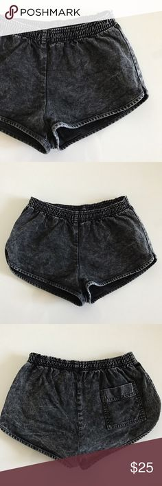 """[American Apparel] acid wash denim jean shorts XS [American Apparel] acid wash denim jean shorts XS •good pre-owned condition •dark gray color •inseam/length 1.25"""" •flat front waist measures 12"""" •material 98% cotton 2% elastan •offers and bundles welcomed using the features American Apparel Shorts Jean Shorts"""