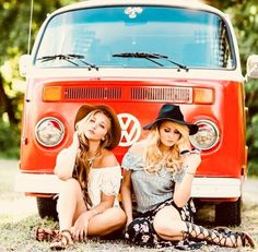 when everything falls into place Volkswagen Transporter, Vw Bus T2, Volkswagen Minibus, Bus Camper, Vw T1, Combi Ww, Vw Camping, Hot Vw, Bus Girl