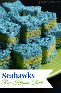 Seahawks Rice Krispies Treats INGREDIENTS Cup plus 1 teaspoon butter 100 Jet-Puffed Marshamallows (big) or 10 Cups of Jet-Puffed Miniature Marshmallows (divided into 2 … Rice Crispy Treats, Krispie Treats, Seattle Seahawks, Seahawks Game, Reis Krispies, Super Bowl Essen, Green Rice, Green Beans, Football Food