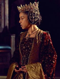 Sophie Okonedo as Queen Margaret in The Hollow Crown - Henry VI Part I (TV Series, 2016). [x]