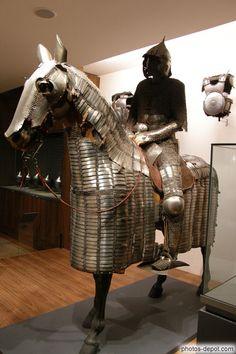 photo d'Armure de cavalier et barde de cheval, égypte mamelouke  (Musée des  Invalides-Paris)