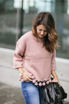 Valentine's Day Outfit Ideas For Any Date - Jillian Harris Valentines Date Outfit, Jillian Harris, Torn Jeans, Shopping Day, Cool Sweaters, Date Outfits, Material Girls, Everyday Fashion, Passion For Fashion