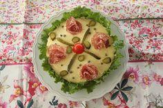 La torta tramezzino Bimby non è un dolce ma è una torta salata! :-) Una vera squisitezza...
