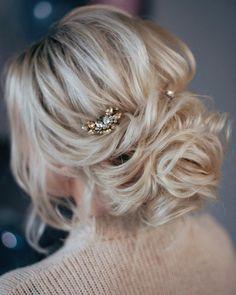 Bridal Hairstyles Inspiration : Chloè Lawrence