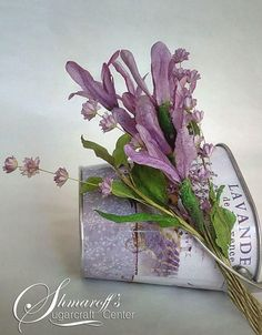 Wafer paper Lavenders - Cake by Petya Shmarova Wafer Paper Flowers, Wafer Paper Cake, Fondant Flowers, Sugar Flowers, Paper Clay, Paper Art, Lavender Cake, Shabby Chic Farmhouse, Crepe Paper