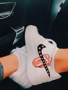 eowyn aesthetic \ eowyn - eowyn and faramir - eowyn costume - eowyn tattoo - eowyn aesthetic - eowyn art - eowyn quotes - eowyn dress Zapatillas Nike Air Force, Tenis Nike Air, Moda Sneakers, Cute Sneakers, Sneakers Nike, Nike Shoes Air Force, Outfit Des Tages, Aesthetic Shoes, Hype Shoes