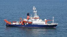 """Греция отменила разрешение на проведение немецким судном исследований http://feedproxy.google.com/~r/russianathens/~3/7B6vMVwVbZ8/24517-gretsiya-otmenila-razreshenie-na-provedenie-nemetskim-sudnom-issledovanij.html  Греция отменила разрешение, выданное немецкому судну """"Метеор"""" на проведение исследовательских работ в Эгейском море вблизи греческого острова Лимнос, когда стало известно, что капитан судна обратился с аналогичным запросом к турецким властям."""