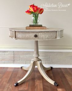 Drum table makeover using textured wallpaper Furniture Update, Paint Furniture, Furniture Styles, Furniture Makeover, Home Furniture, Drum Side Table, Side Tables, Refinished Table, Refinished Furniture