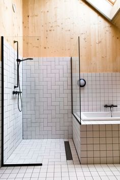 Every bathroom remodel begins with a layout idea. From full master bathroom renovations, smaller visitor bath remodels, and bathroom remodels of all dimensions. Bathroom Interior Design, Home Interior, Interior Architecture, Interior And Exterior, Family Bathroom, Modern Bathroom, Small Bathroom, Master Bathroom, Bathroom Wall