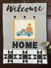 Interchangeable blocks make this quilted wall hanging super fun and versatile! JacquelynneSteves.com #quilt #truck #seasons Hand Applique, Machine Applique, Applique Patterns, Quilt Patterns, Sewing Patterns, Fabric Painting, Fabric Art, Applique Tutorial, Welcome Banner