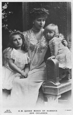 "Crownprincess Marie of Romania and children, Princess Marie ""Mignon"", later Queen of Yugoslavia and Prince Nicolae. Romanian Royal Family, Greek Royal Family, Queen Victoria Children, Princess Victoria, History Of Romania, Maud Of Wales, Adele, Princess Alexandra, Queen Mary"