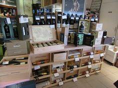 Casiers pour bouteilles, casier vin, cave à vin, rangement du vin, aménagement cave, casier bois, meuble en bois => Installation d'un Combi 5 dans la boutique : Terre de Vignes - La Grande Cave à Coignières (78)