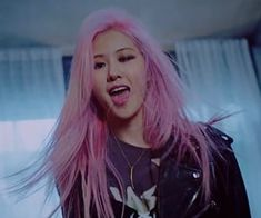 Kim Jennie, K Pop, Rose Pink Hair, Rose Queen, Hip Hop, Indie Girl, Kim Jisoo, Black Pink Kpop, Blackpink Fashion