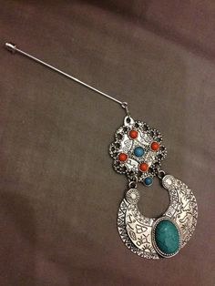 HIJAB HAT PIN JEWELLERY BROACH ONLY FOR £3.50 Hijab Pins, Abayas, Hijabs, Handmade Products, Belly Button Rings, Projects To Try, Hat, Jewellery, Beads