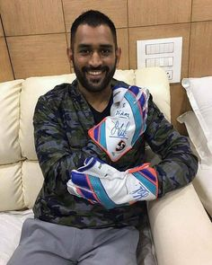 MS Dhoni in his latest super cool look - http://ift.tt/1ZZ3e4d