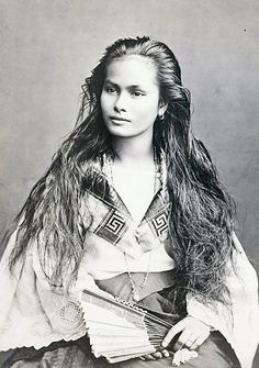Deadly Beauty...Tagalo-chinese woman with long hair in 19th century. http://www.thejakartapost.com/files/images2/sp-s8-ctagalo.jpg