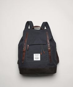 An outdoorsy urban take on Ally's classic bags. The Norse Projects by Ally Capellino Fjell rucksack is constructed of British waxed cotton and premium leather and feature a hickory lining with a laptop pocket tailored to a 15 My Bags, Purses And Bags, Norse Store, Look Fashion, Mens Fashion, Spring Fashion, Fashion Outfits, Norse Projects, Le Male