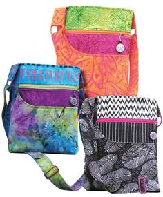 A cute, fun bag to take everywhere! This bag, great for all occasions, is made the same on both sides but with 2 different colored zippers. It offers 2 out