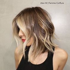 #haircolor by @alenm #shorthair #blonde #balayage #alenmfemmecoiffure #alenm #perfecthair #lasalon