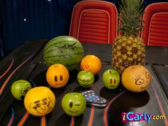 Fruits with faces. http://www.iCarly.com