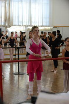 Curso balé clássico intermediário, com Carlla Bublitz. Crédito: Dashmesh Photos/Claudia Baartsch