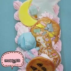 Decoden with me!  #decodencase #cabochon #decoden #cake #polymerclay #icing #frosting #whippedcream #sugar #cookie #miniatures #sprinkles #fakefood #bakery #baked #スイーツデコ #cakeart #sweetsdeco #phonecase #foodporn #charms #clayart #fairykei #magicalgirl #kawaii #sweetlolita #handmade #handmadewithlove #etsy #storenvy
