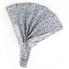 Supersüßes Haarband !!!kann als dünnes Band, oder breites Piratentuch getragen werden.Einheitsgröße, da es hinten mit einem versteckt eingearbeiteten Gummi